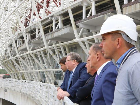 «Мордовия Арена» начала прирастать крышей