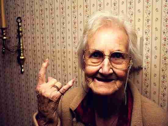 В Мордовии пенсионерка поиздевалась над телефонным мошенником