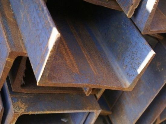 Двух мужчин в Саранске задержали по подозрению в краже металлических швеллеров